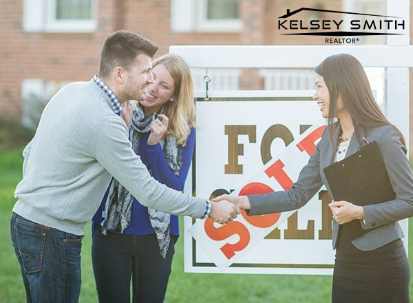 How Do Regina Real Estate Agents Assist Home Buyers?