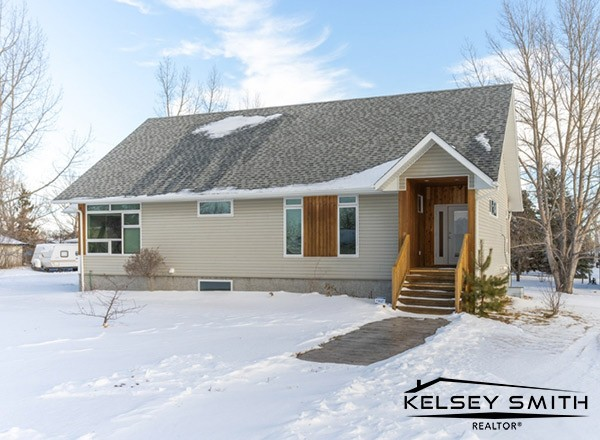 208 Tate Street in Edenwold Competes with Acreages near Regina