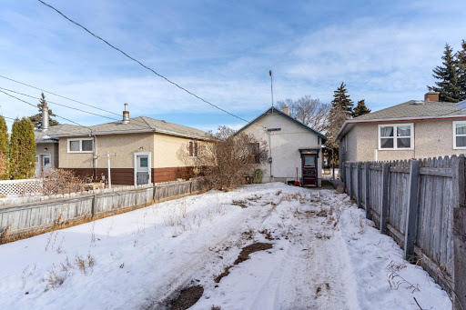 Home For Sale In Broders Annex